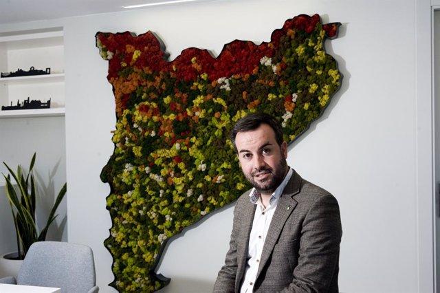 El president de l'ACM i alcalde de Deltebre, Lluís Soler, durant l'entrevista