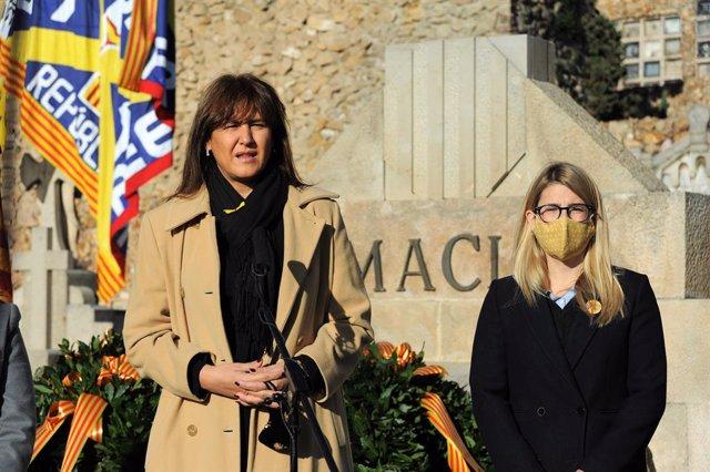 Laura Borràs i Elsa Artadi en el cementiri de Montjuïc de Barcelona en l'ofrena de JxCat davant la tomba de l'expresident de la Generalitat Francesc Macià