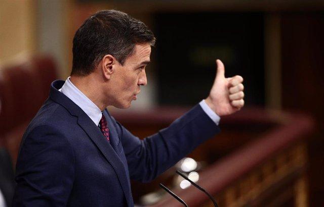 El presidente del Gobierno, Pedro Sánchez, durante una sesión de control al Gobierno en el Congreso el pasado 16 de diciembre de 2020