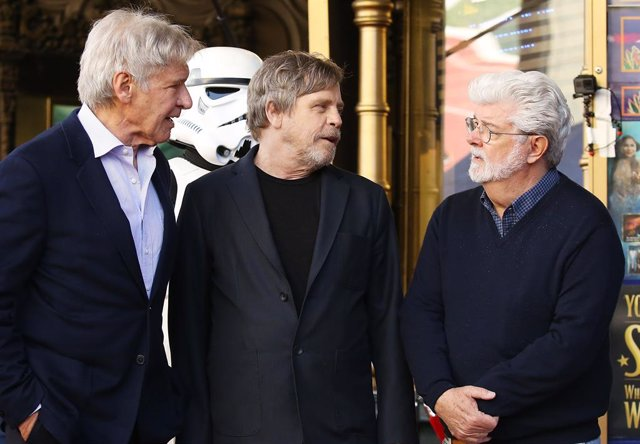 Mark Hamill, Harrison Ford y George Lucas en  The Hollywood Walk of Fame