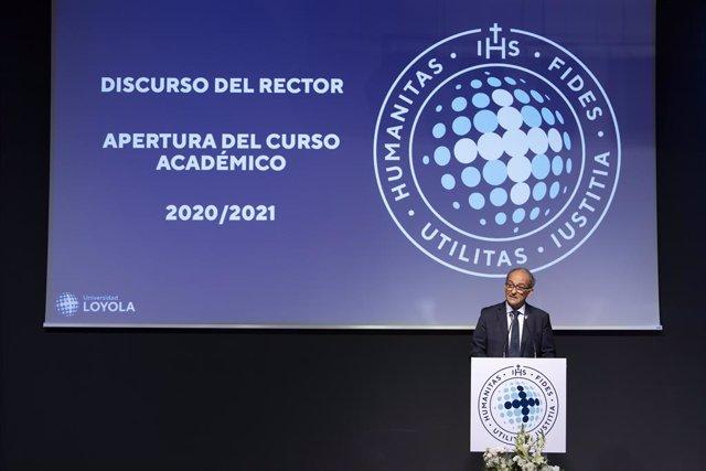"""Rector de Universidad Loyola: """"Tenemos que estar a la altura del papel que debemos representar en el mundo post Covid"""""""