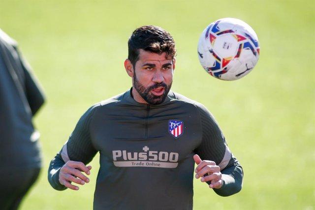 Diego Costa entrenando con el Atlético
