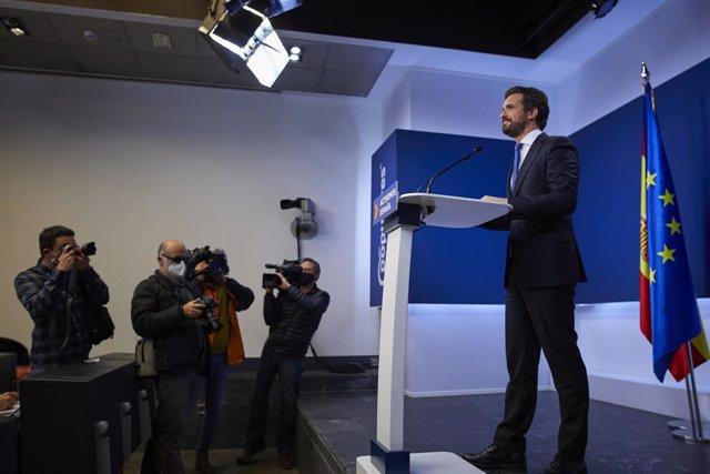 El president del Partit Popular (PP) Pablo Casado, en una roda de premsa per fer balanç de l'any 2020 a la seu del partit. Madrid (Espanya), 29 de desembre del 2020.