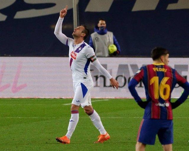 Kike García celebra el 0-1 en el FC Barcelona-Eibar