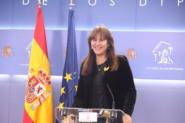 La portaveu de JxCat, Laura Borràs, en una roda de premsa al Congrés dels Diputats. Madrid (Espanya), 27 d'octubre del 2020.