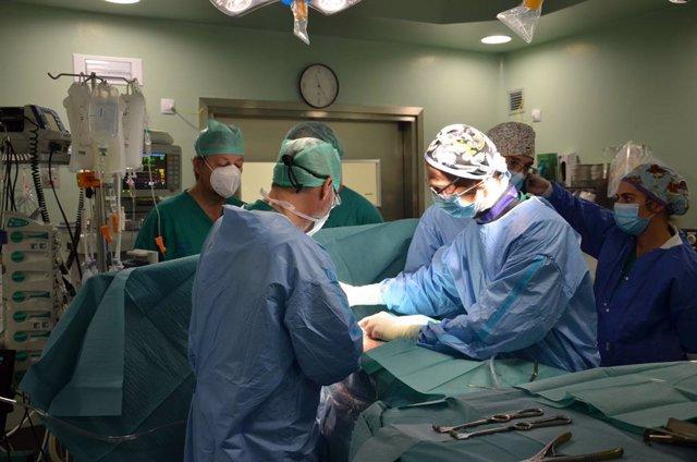 Cirugía cardiáca en el Hospital Dr. Negrín