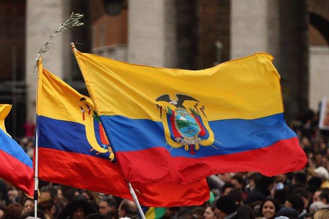 Imagen de archivo de la bandera de Ecuador
