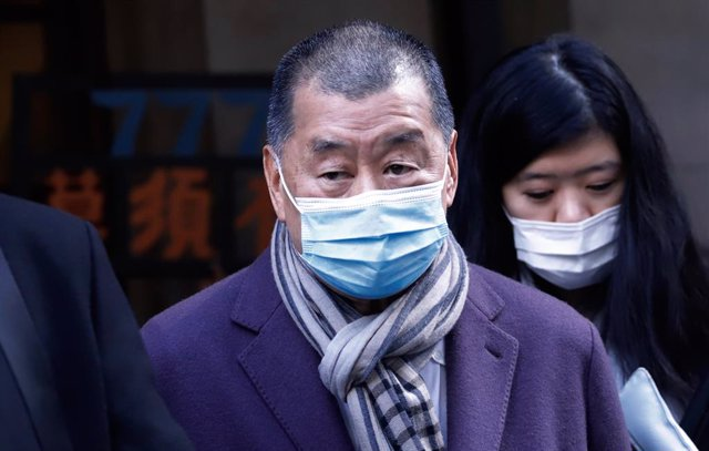31 December 2020, China, Hong kong: Hong Kong pro-democracy activist and media tycoon Jimmy Lai leaves the court of final appeal during a break. Lai appeared in court as prosecutors asked the city's top judges to send him back to detention after he was gr