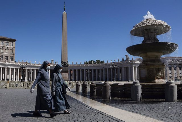 22 May 2020, Vatican, Vatican City: A general view of Saint Peter's Square after the reopening of it for pilgrims and tourists. Photo: Evandro Inetti/ZUMA Wire/dpa