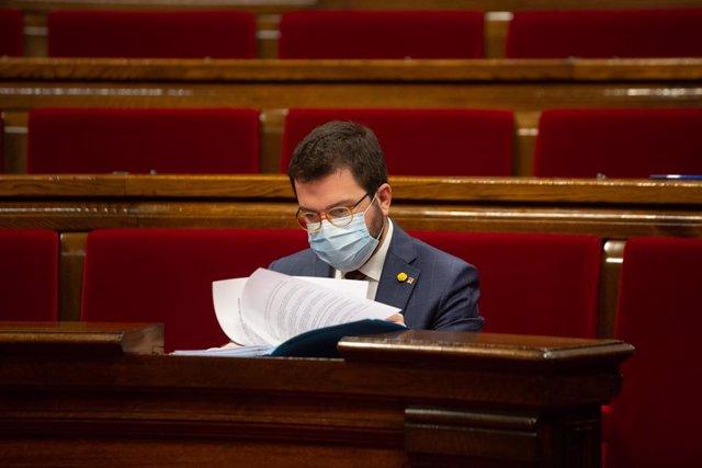 El vicepresident de la Generalitat i coordinador nacional d'ERC, Pere Aragonès durant una sessió plenària en el Parlament de Catalunya, a Barcelona, Catalunya, a 16 de desembre de 2020.