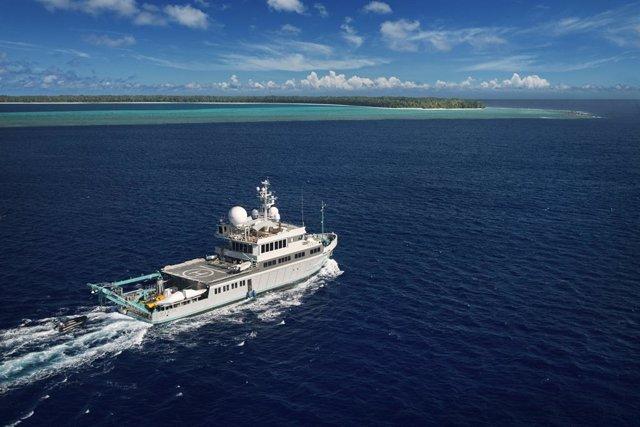 Airbnb y BBC Worldwide han anunciado un concurso para dar a conocer el fondo marino de Las Bahamas en el barco de exploración de Planeta Azul II, el Alucia.