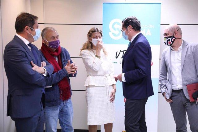 (I-D) El presidente de CEOE, Antonio Garamendi; el líder de UGT, Pepe Álvarez; la ministra de Trabajo, Yolanda Díaz; el presidente de Cepyme, Gerardo Cuevas; y el líder de CCOO, Unai Sordo, en una imagen de archivo