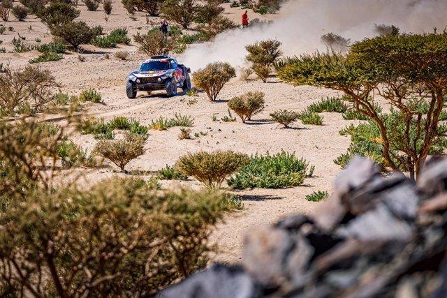 300 Sainz Carlos (esp), Cruz Lucas (esp), Mini, X-Raid Mini JCW Team, Auto, action during the 1st stage of the Dakar 2021 between Jeddah and Bisha, in Saudi Arabia on January 3, 2021 - Photo Frédéric Le Flocâ€h / DPPI