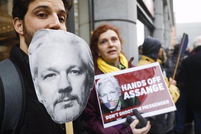 Protestes a favor de Julian Assange, fundador de Wikileaks