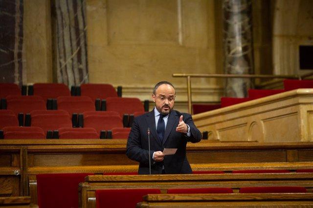 El líder del PP a Catalunya, Alejandro Fernández, intervé al Parlament. Barcelona, Catalunya (Espanya), 16 de desembre del 2020.