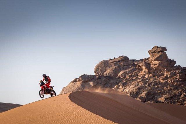 El piloto español Joan Barreda (Honda), ganador de la segunda etapa del Rally Dakar 2021