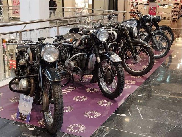 Exposición de motos clásicas y antiguas