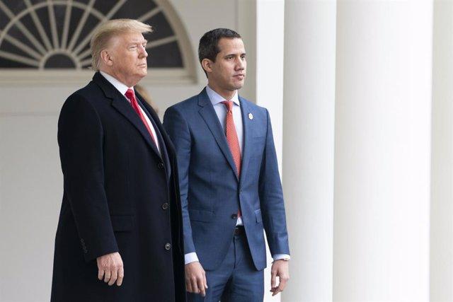 El presidente de Estados Unidos, Donald Trump, y el dirigente opositor venezolano Juan Guaidó