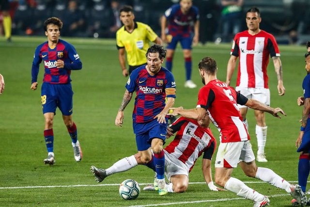 10 Leo Messi FC Barcelona during La Liga match between FC Barcelona and Athletic Club de Bilbao behind closed doors due to Coronavirus at Camp Nou Stadium on June 23, 2020 in Barcelona, Spain.