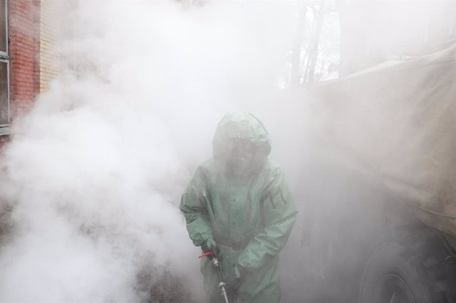 Trabajos de desinfección en Rusia durante la pandemia de coronavirus