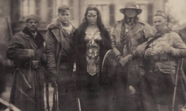 Wonder Woman en Batman v Superman