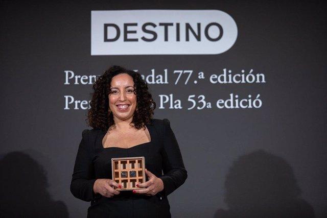 Najat El Hachmi gana el Premio Nadal 2021.