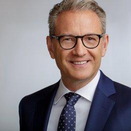 CLARIOS NOMBRA AL DR. WERNER BENADE NUEVO DIRECTOR PARA EUROPA