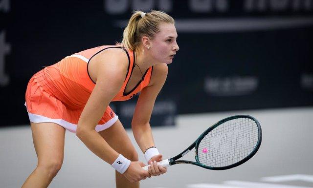 Dayana Yastremska of the Ukraine in action during the first round at the 2020 Upper Austria Ladies Linz WTA International tennis tournament against Greet Minnen of Belgium