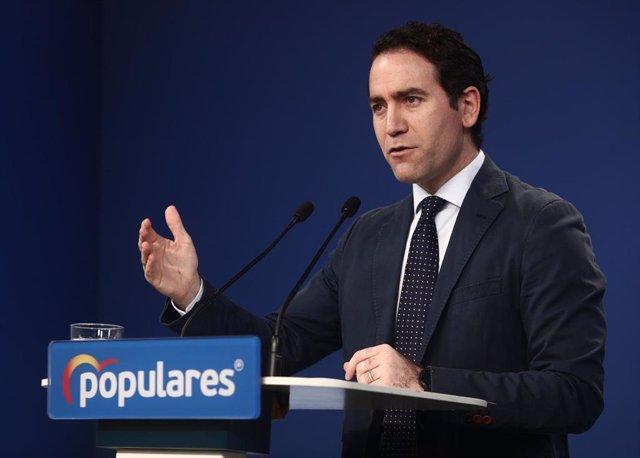 El secretario general del PP, Teodoro García Egea, comparece en rueda de prensa posterior a la reunión del Comité de Dirección del partido, en su sede en Génova, en Madrid (España), a 14 de diciembre de 2020.
