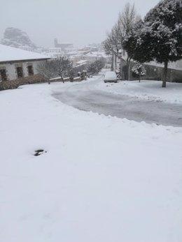 La localidad serrana de Huélamo, en Cuenca, sepultada por la nieve de Filomenta