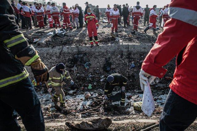 Lugar del siniestro de un avión ucraniano derribado por error por Irán tras su despegue desde la capital, Teherán