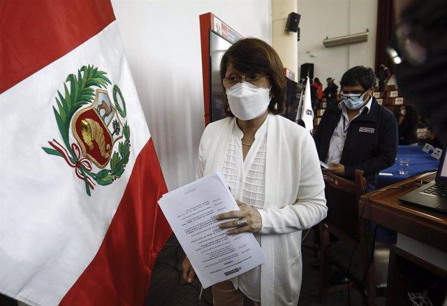 La ministra de Salud de Perú Pilar Mazzetti.
