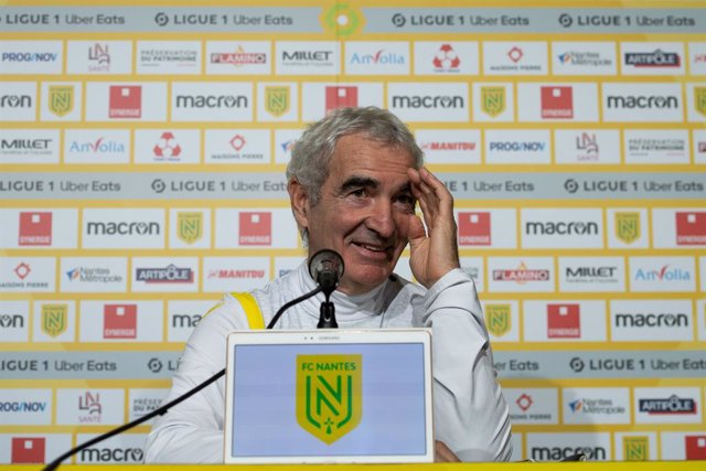 31 December 2020, France, Nantes: FC Nantes new head coach Raymond Domenech gives a press conference at the Beaujoire stadium. Photo: Loic Venance/AFP/dpa