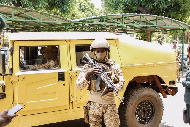 Un militar en Malí