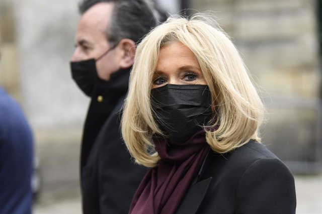 05 October 2020, France, Paris: Brigitte Macron, wife of French President Emmanuel Macron, arrives at the funeral service of French singer and actress Juliette Greco at the church St.Germain-des-Pres. Greco had died on 23 September 2020 at the age of 93.