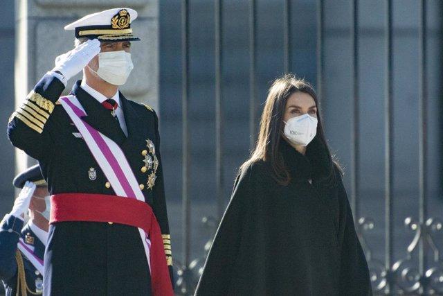 El Rey Felipe VI y la Reina Letizia presiden la Pascua Militar de 2021, en el Palacio Real, en Madrid (España) a 6 de enero de 2021.