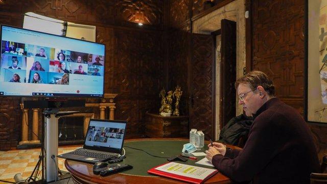 El 'president' de la Generalitat, Ximo Puig, este domingo en la reunión de coordinación del Plan de vacunación contra la Covid-19