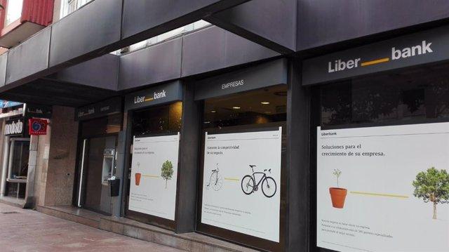 Oficina de Liberbank en Oviedo