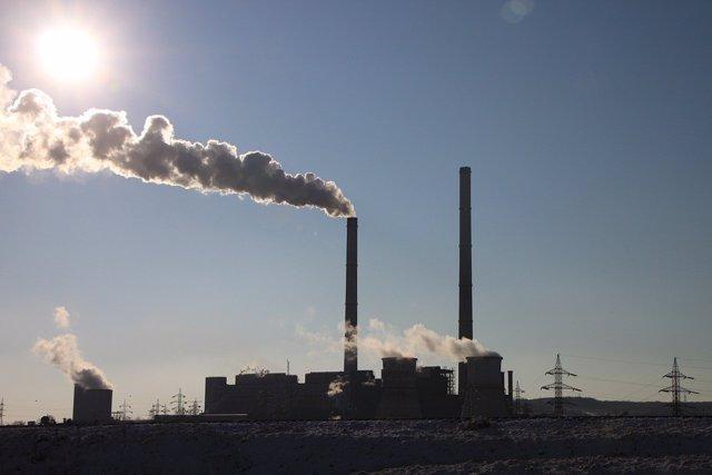 Emisiones contaminantes ala atmósfera