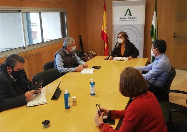 [L Comunicacion.Almeria.Dgob] Fotonoticia Reunión En Delegación De Salud