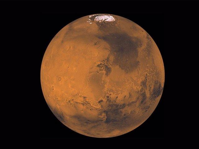 Los investigadores han detectado el bamboleo de Chandler en Marte, el primero en un cuerpo del sistema solar además de la Tierra, sobre la base de mediciones de naves espaciales que orbitan alrededor del Planeta Rojo.
