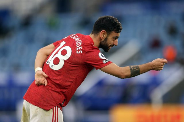 26 December 2020, England, Leicester: Manchester United's Bruno Fernandes celebrates scoring his side's second goal during the English Premier League soccer match between Leicester City and Manchester United at King Power Stadium. Photo: Carl Recine/PA Wi