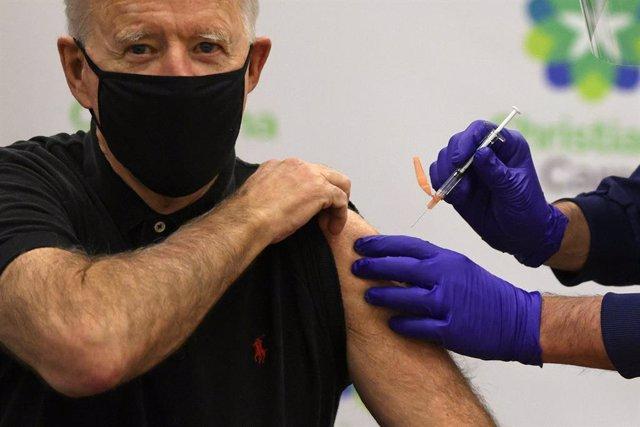 Segunda dosis de la vacuna contra el coronavirus administrada al presidente electo de Estados Unidos, Joe Biden