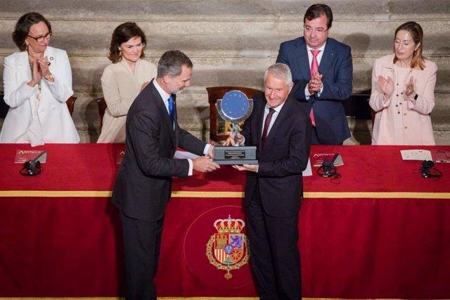 El Rey entrega el Premio Europeo Carlos V, en una imagen de archivo
