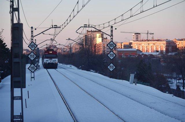 Tren de Rodalies Renfe després de la borrasca Filomena (Arxiu).