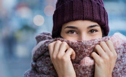 Expertos aconsejan aumentar el parpadeo e hidratar los ojos ante la ola de frío