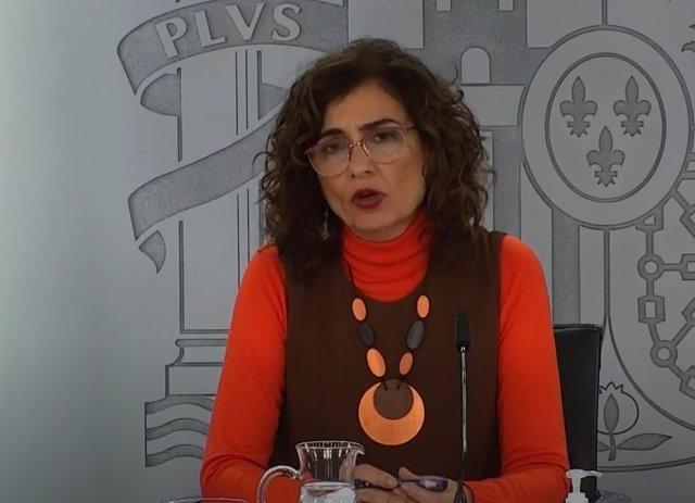 La portavoz del Gobierno, María Jesús Montero, en rueda de prensa tras la reunión del Consejo de Ministros del 12 de enero de 2021.