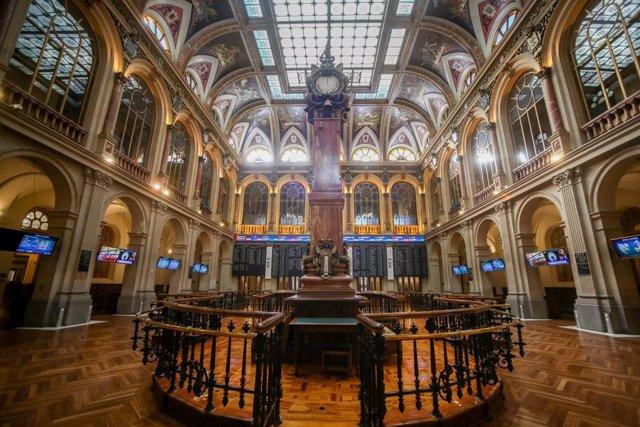 El interior de la Bolsa de Madrid (España), a 5 de enero de 2021.