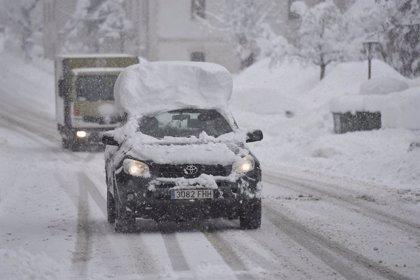Cómo conducir con hielo en la calzada