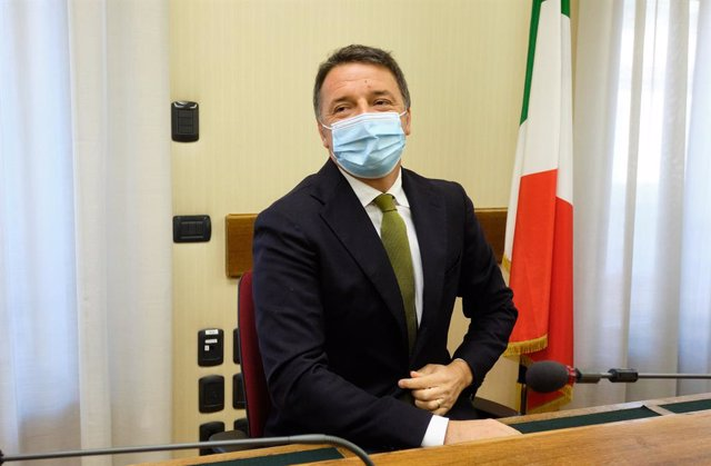 24 November 2020, Italy, Rome: Former Italian Prime Minister Matteo Renzi wears a face mask during the hearing before the Parliamentary Commission of Inquiry into the death of Giulio Regeni. The 28-year-old Italian researcher Regeni was found tortured to